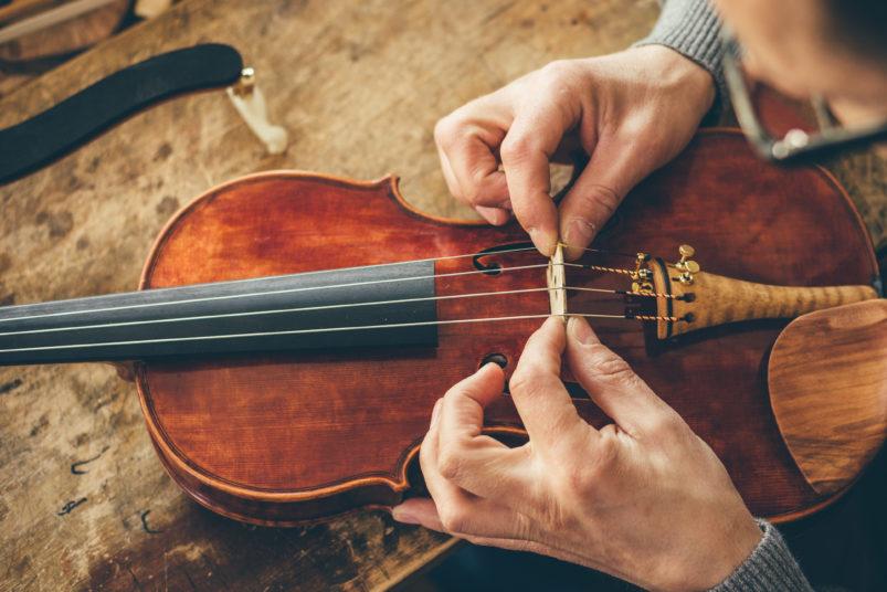 Naute sa hra na husle!